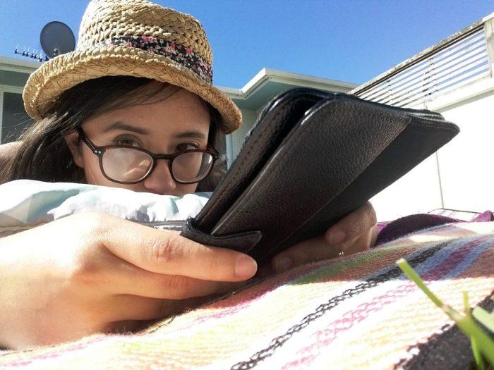 reading selfie