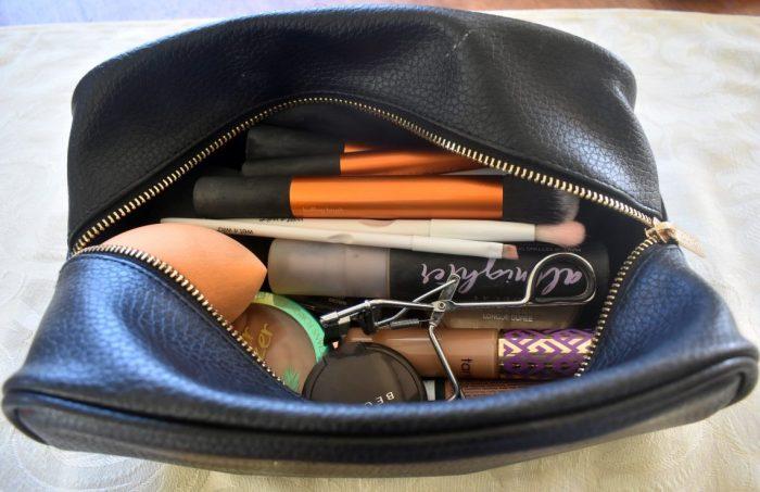 travel makeup bag 06